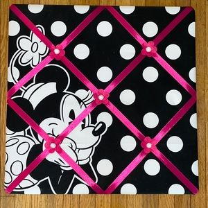 Minnie Mouse photo memo board